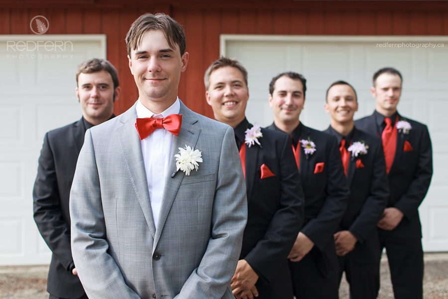 12_the_ranche_calgary_wedding_pictures_red_barn_bridal_party
