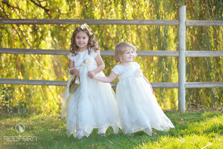 11a_kelowna_summerhill_winery_wedding_flowergirls_willow_tree