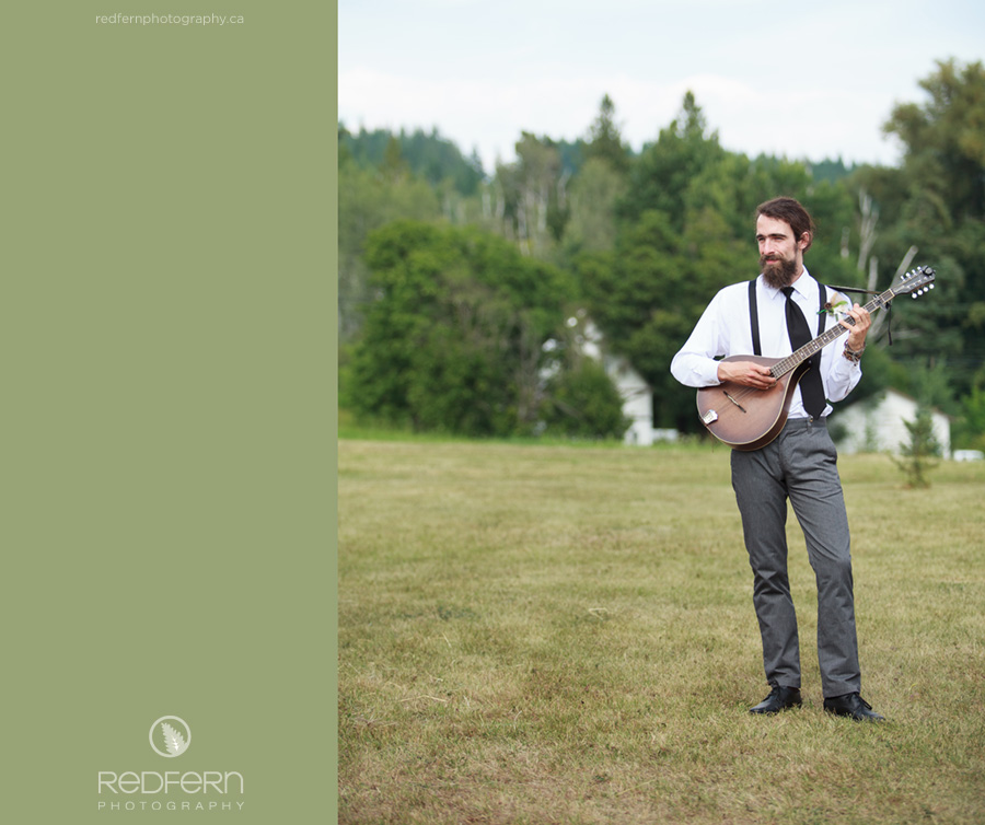 outdoor wedding music mandolin playing ceremony