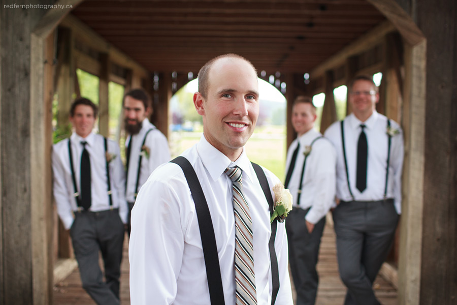 groomsmen summer wedding okanagan photo