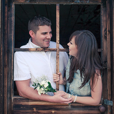 door_frame_engagement_photos_calgary