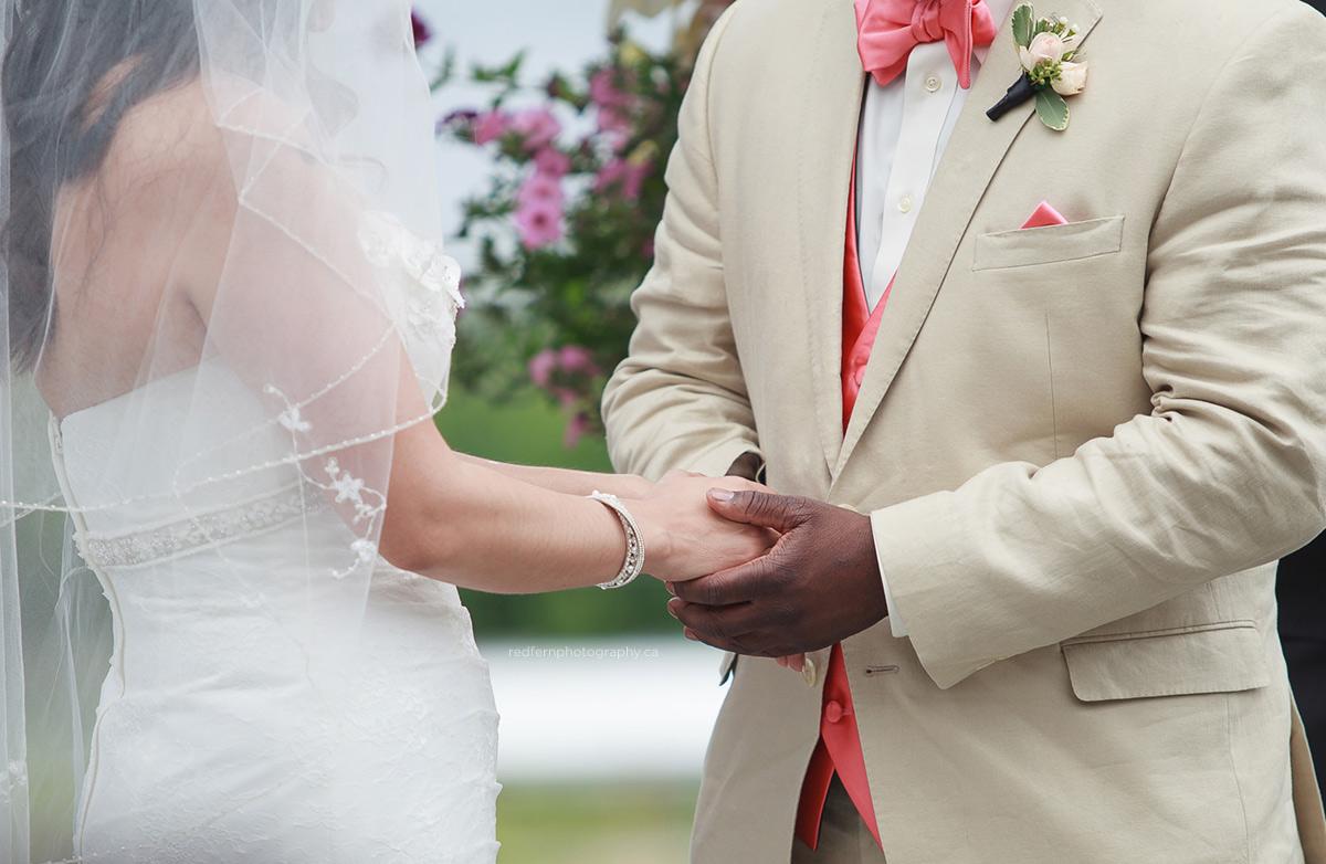 summerhill_winery_wedding_ceremony_outdoor