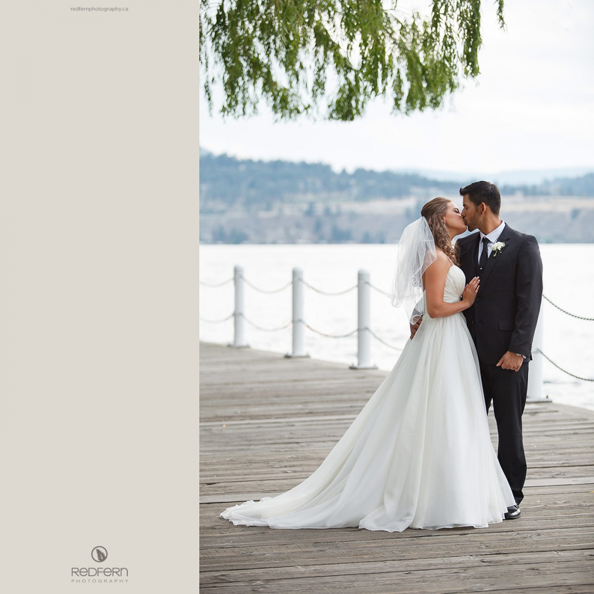 kelowna wedding pictures boardwalk okanagan lake